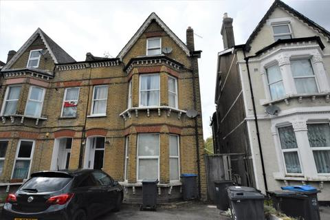 2 bedroom apartment to rent - 45 Morland Road