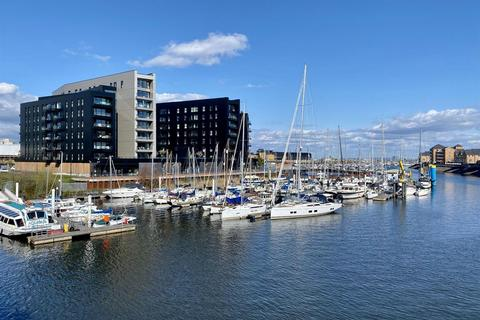 1 bedroom apartment for sale - Apartment , Bayscape Cardiff Marina, Watkiss Way, Cardiff