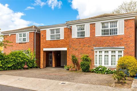 6 bedroom detached house for sale - Cotswold Close, Kingston upon Thames, Surrey, KT2