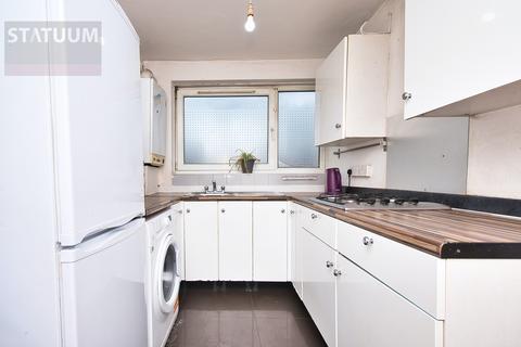 5 bedroom maisonette to rent - Wager Street, Off Burdett Road, Mile End, London, E3