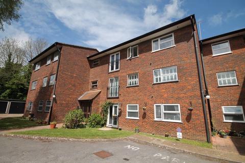 2 bedroom property for sale - Woodsland Road, Hassocks