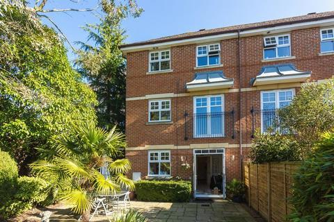 4 bedroom house for sale - Highlands, Farnham Common, Buckinghamshire SL2