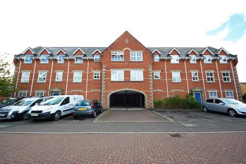 2 bedroom flat to rent - Regency Crescent, ,