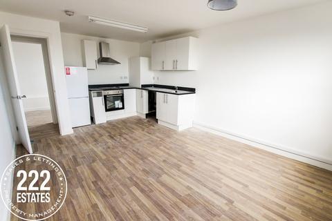 3 bedroom apartment to rent - O'leary Street, Warrington, WA2