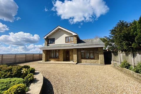 4 bedroom property for sale - Bury Old Road, Heywood OL10 3LN