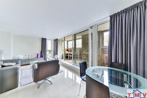 1 bedroom apartment to rent - Tempus Wharf, East Lane, Tower Bridge, London, SE16 4WG
