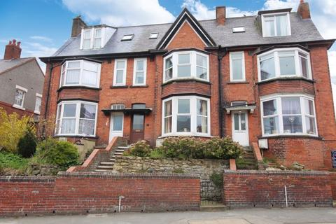 6 bedroom terraced house for sale - Scarborough Road, Filey