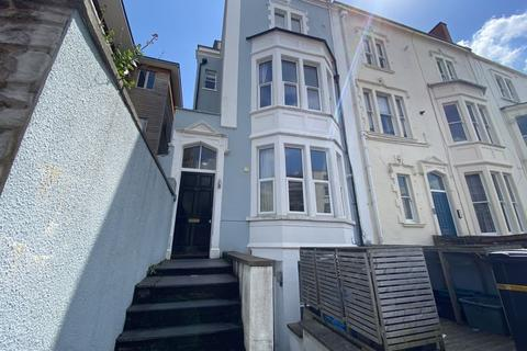 2 bedroom flat to rent - West Park, Clifton, BS8