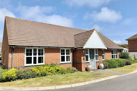 3 bedroom detached bungalow for sale - The Siding, Bexhill On Sea