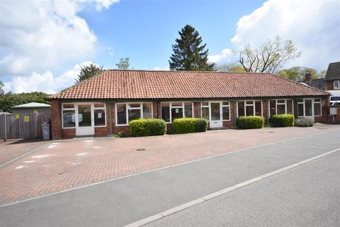 Property to rent - Pitomy Drive, Collingham, Newark