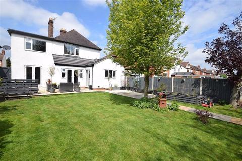 4 bedroom detached house for sale - Monkmoor Road, Shrewsbury