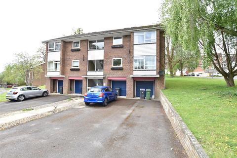 2 bedroom apartment for sale - Starlings Drive, Tilehurst, Reading
