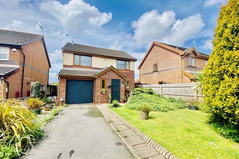 4 bedroom detached house for sale - Clos Marina, Gowerton, Swansea