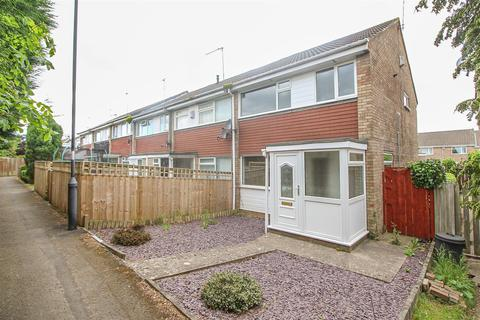 3 bedroom semi-detached house to rent - Hereford Court, Kingston Park, Newcastle