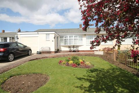 2 bedroom semi-detached bungalow for sale - Remus Avenue, Heddon-On-The-Wall, Newcastle Upon Tyne, Northumberland