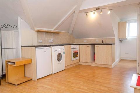 Studio to rent - Great North Road, N6