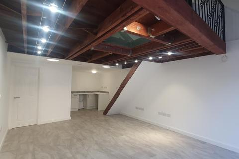 Office to rent - Market Lodge, Wood Green, London