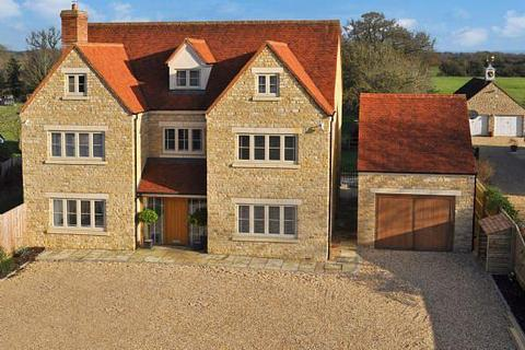 6 bedroom detached house to rent - Station Road, Launton, Bicester