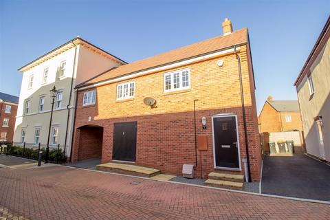 2 bedroom coach house for sale - Croxden Gardens, Bedford