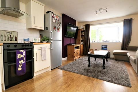 2 bedroom flat for sale - Church Court,  Church Lane