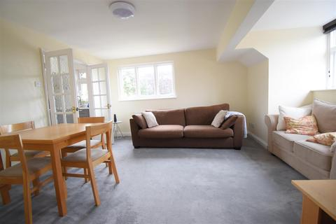 2 bedroom flat to rent - Harborne, Birmingham, B17 0EG