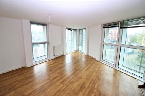 2 bedroom apartment to rent - Granville  Gardens, Ealing Common