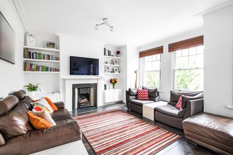 3 bedroom flat for sale - Dinsmore Road, Balham