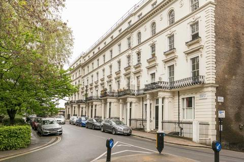 Studio to rent - Porchester Square, Bayswater, W2