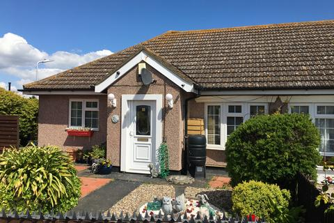 2 bedroom semi-detached bungalow for sale - HAZEL GROVE, MINSTER PARK, MINSTER ON SEA, MINSTER ME12