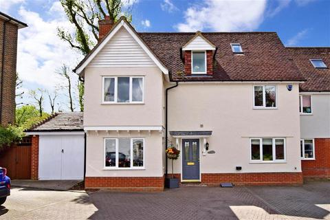 5 bedroom semi-detached house for sale - Glan Avon Mews, Harlow, Essex