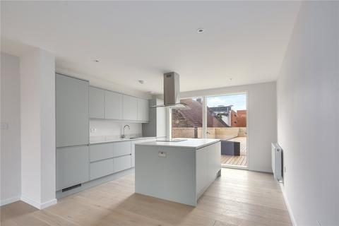 3 bedroom flat for sale - Water Lane, Stratford, London, E15