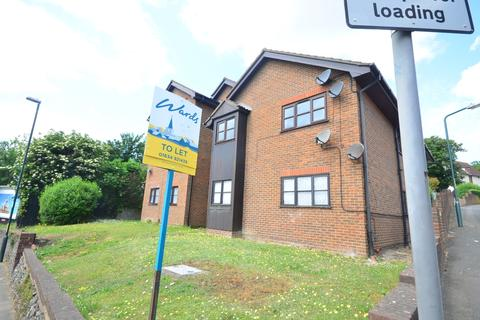 Studio to rent - Mill Road Strood ME2