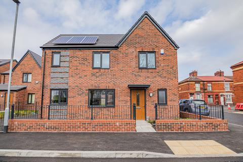 3 bedroom detached house for sale - Aviary Road, Manchester, M12