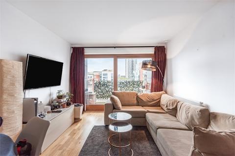 2 bedroom flat to rent - Enid Street, London