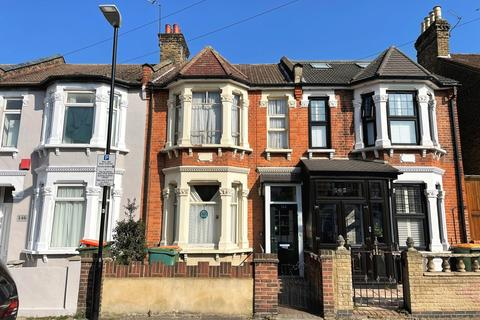 3 bedroom terraced house for sale - Milton Avenue, East Ham, E6