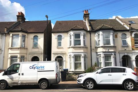 4 bedroom end of terrace house for sale - St. Saviours Road, Croydon, CR0