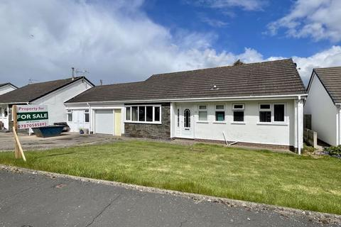 3 bedroom detached bungalow for sale - Glasfryn, Denbigh