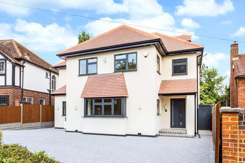 4 bedroom detached house for sale - Denehurst Gardens, Woodford Green, Essex, IG8