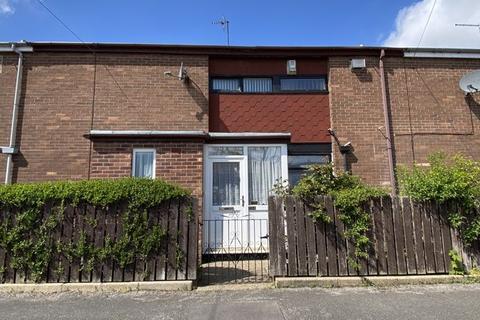 3 bedroom terraced house for sale - Malpas Close, Hull