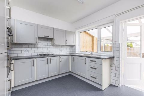 3 bedroom terraced house to rent - Cadnam Road, Southsea