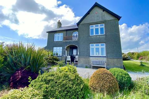 4 bedroom detached house for sale - Mynytho, Pwllheli