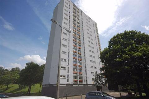 2 bedroom flat to rent - West Court, Clydebank