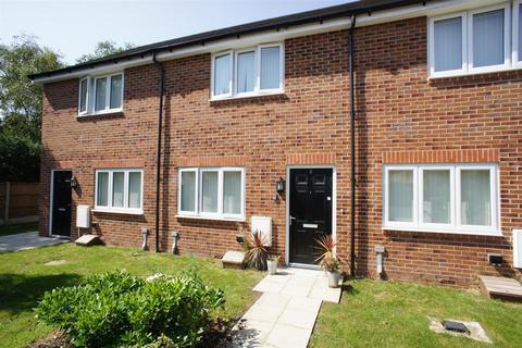 2 bedroom terraced house to rent - Greenfinch Grove, Birchwood, Warrington