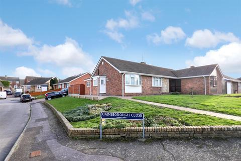 2 bedroom semi-detached bungalow for sale - Chatsworth Drive, SITTINGBOURNE