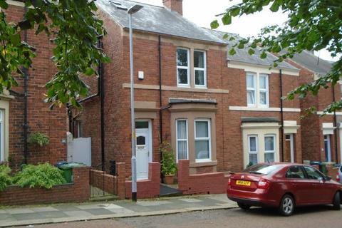 4 bedroom semi-detached house for sale - Coleridge Avenue, Low Fell