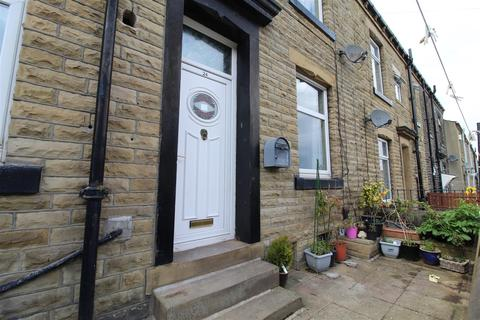 3 bedroom terraced house to rent - Catherine Street, Elland
