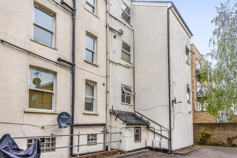 Studio to rent - Kapuvar Close London SE15