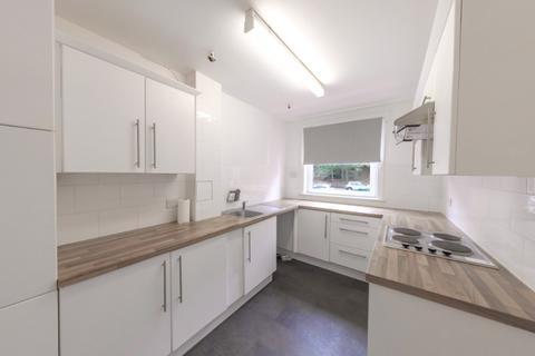 2 bedroom flat to rent - Charleston Drive, Charleston, Dundee, DD2