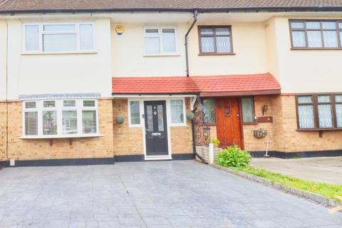 3 bedroom terraced house for sale - Nelson Road, Rainham, Essex, RM13