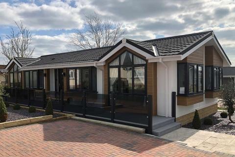 2 bedroom park home for sale - 46 Long Carrant Views, Ashton-under-Hill.